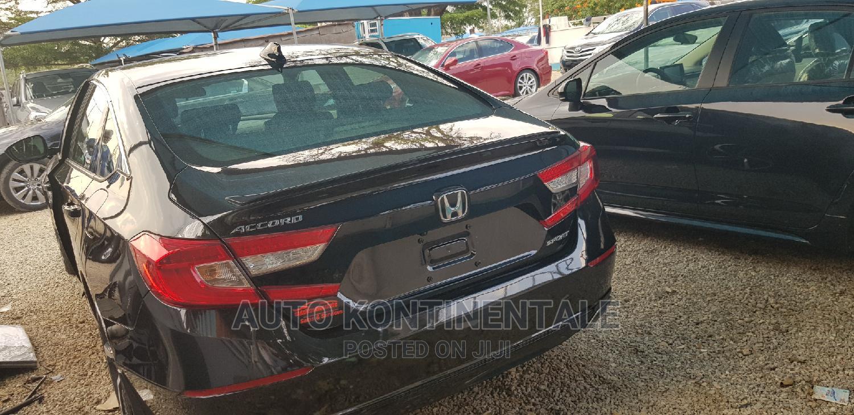 Archive: Honda Accord 2019 Black