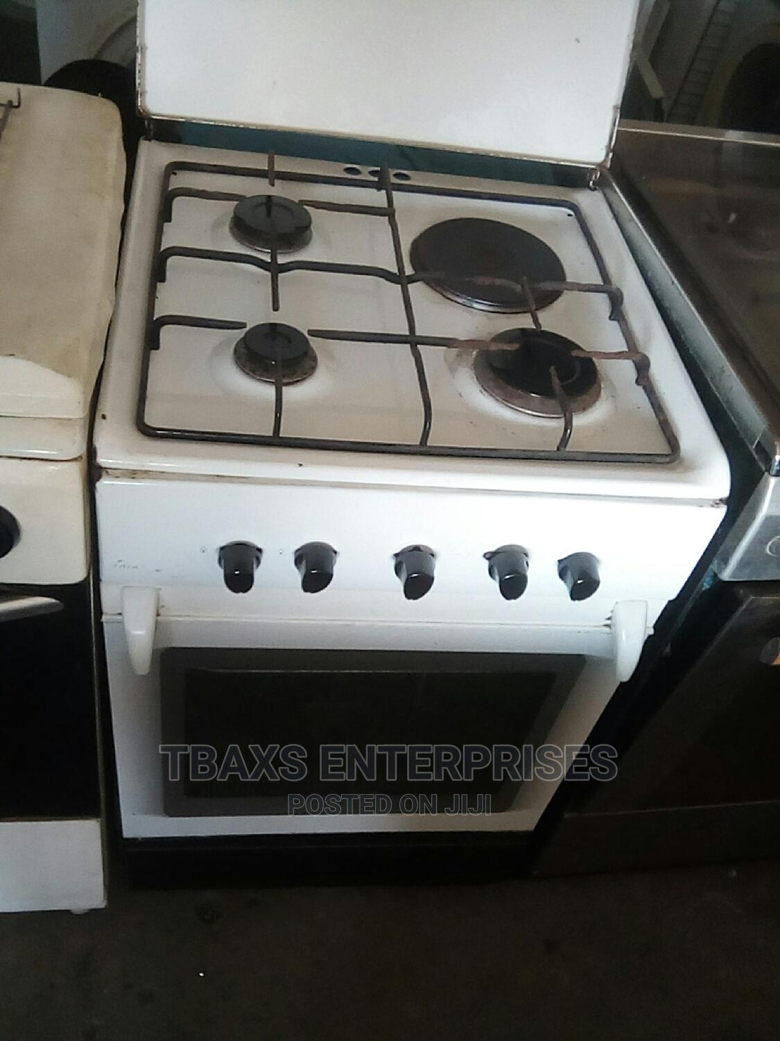Used 4 Face Gas Electric Cooker