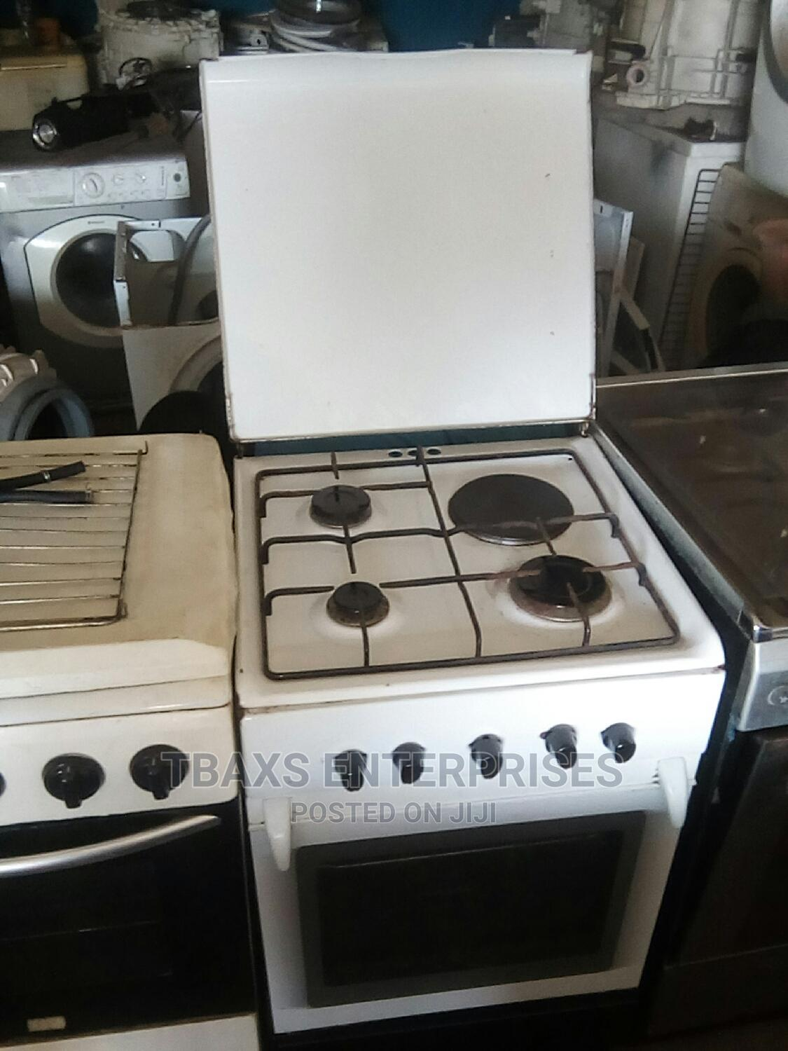 Used 4 Face Gas Electric Cooker | Kitchen Appliances for sale in Agege, Lagos State, Nigeria