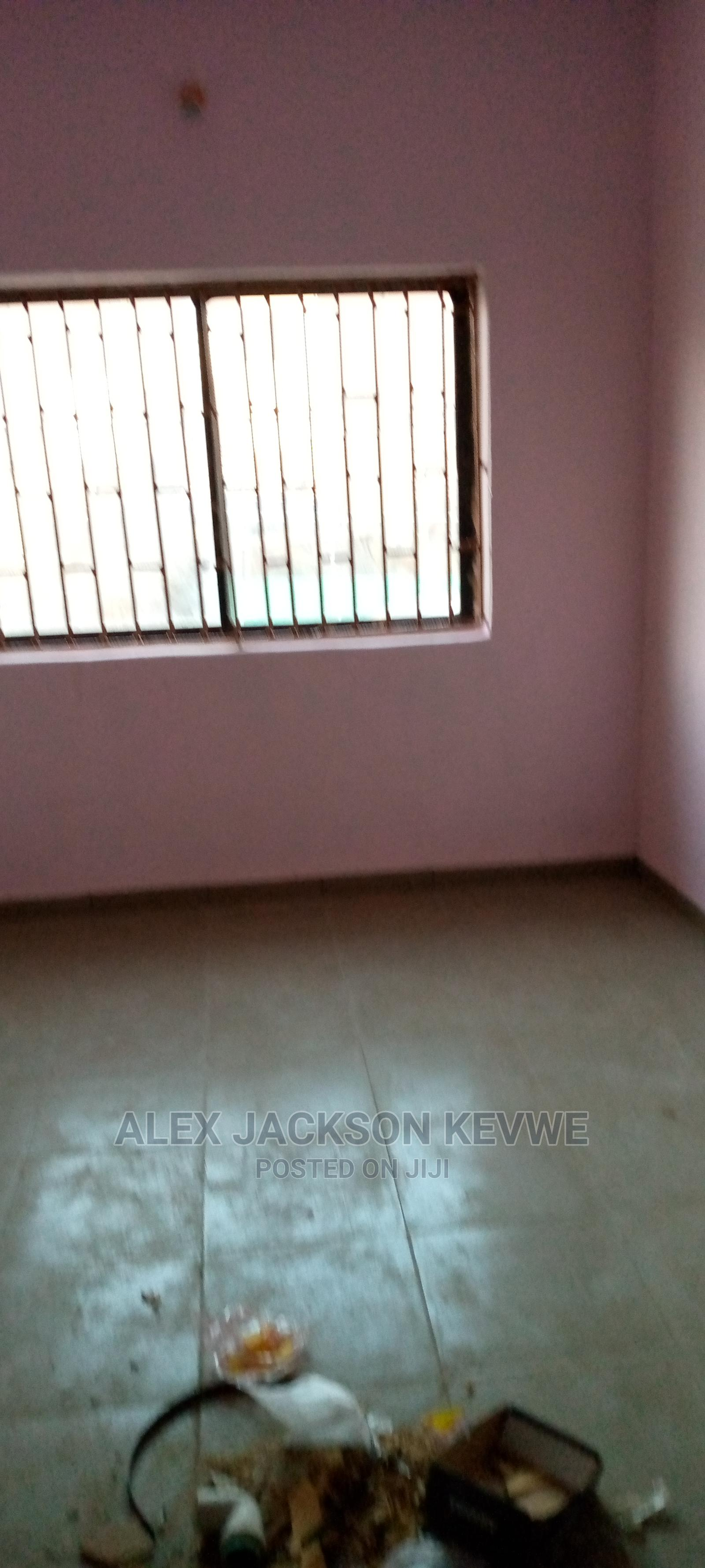 A Luxury 2 Bedroom Flat With All Rooms Ensuite