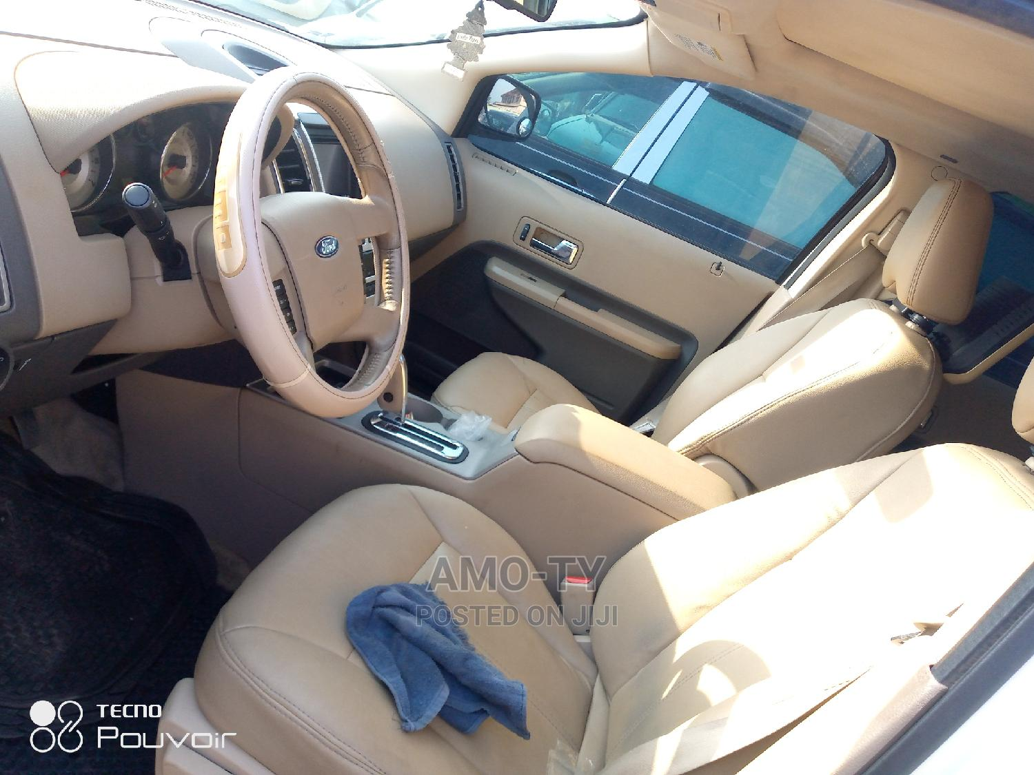 Archive: Ford Edge 2007 White