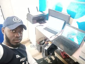 Graphic Design Web Design Tutor | Computer & IT Services for sale in Abuja (FCT) State, Gudu
