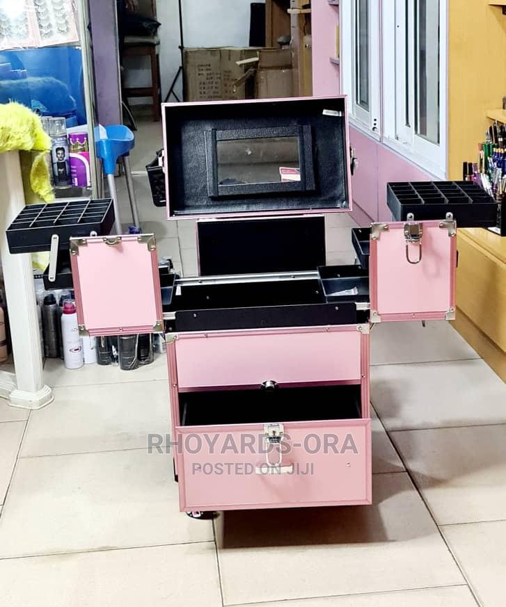 Glamorous Pro Makeup Box Equipped With Mirror | Tools & Accessories for sale in Agege, Lagos State, Nigeria