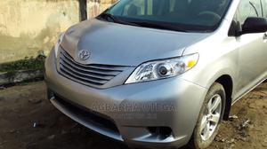 Toyota Sienna 2012 7 Passenger Gray | Cars for sale in Lagos State, Ikorodu