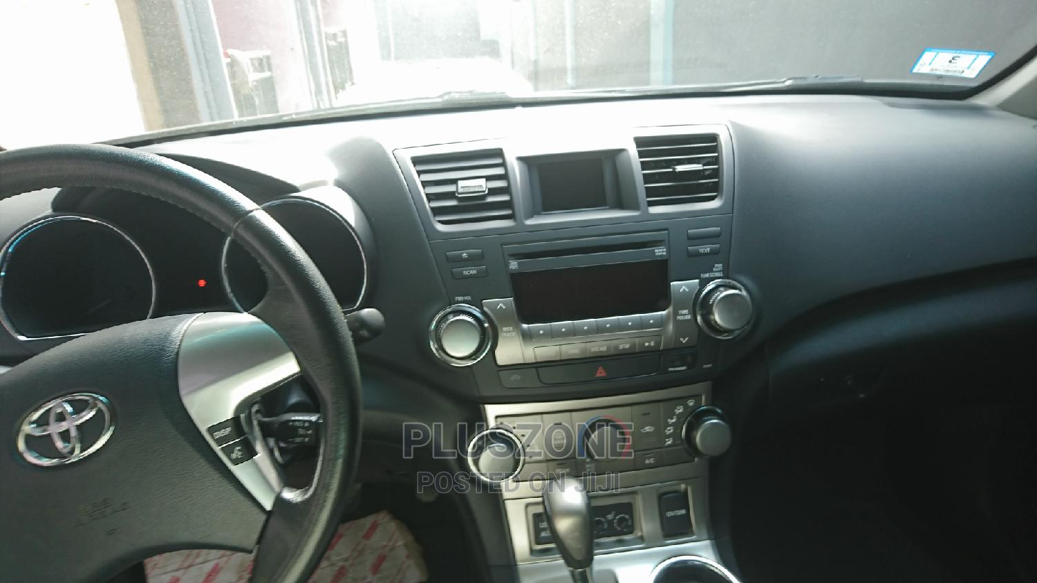Toyota Highlander 2011 SE Blue   Cars for sale in Isolo, Lagos State, Nigeria