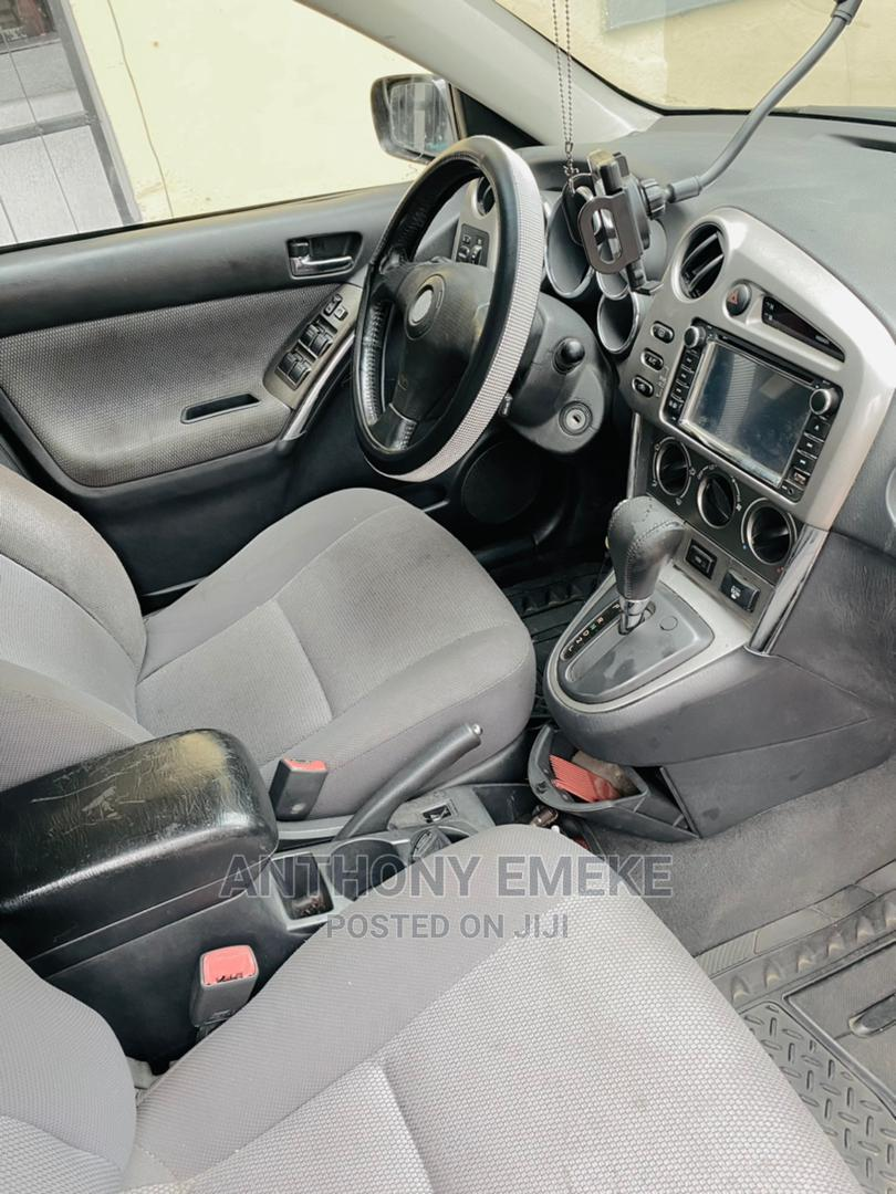 Archive: Toyota Matrix 2005 Black