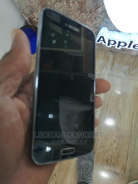 Samsung Galaxy S5 16 GB Black