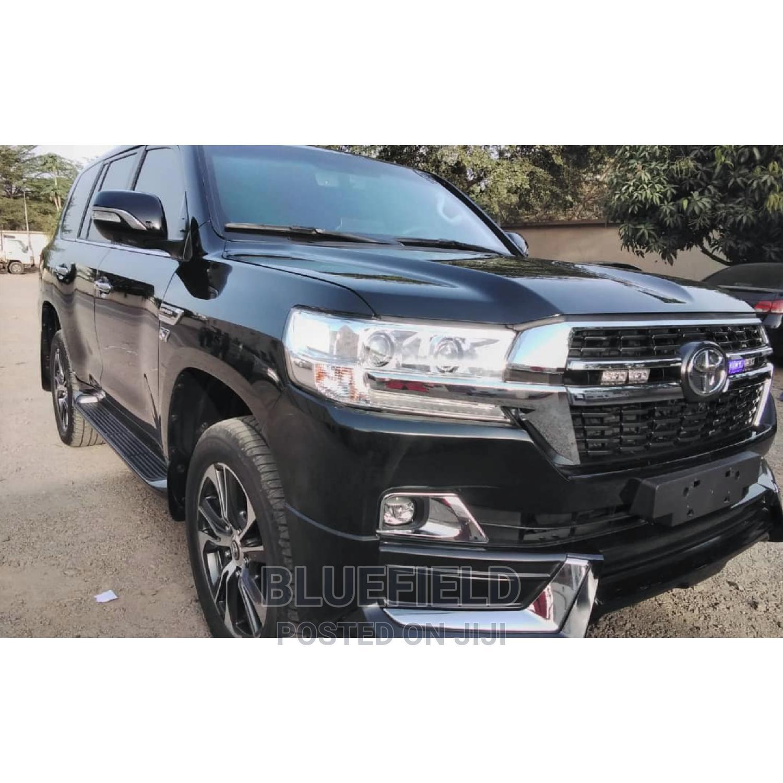Archive: Toyota Land Cruiser 2021 Black