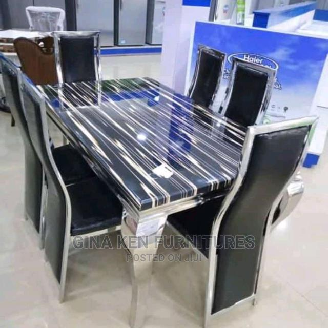 Quality Dinning Table Set