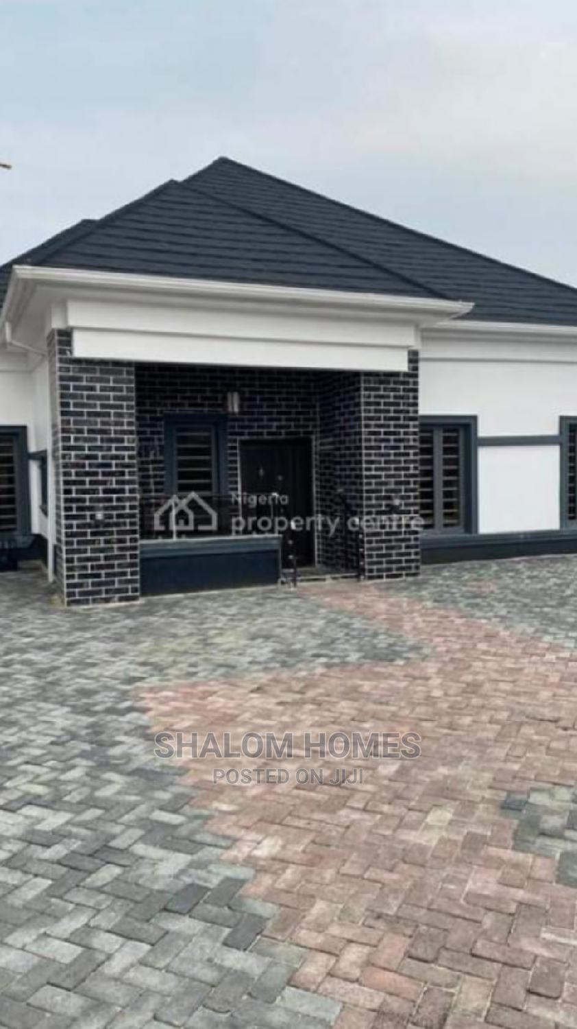 Furnished 3bdrm Bungalow in Thomas Estate, Ajah for Sale