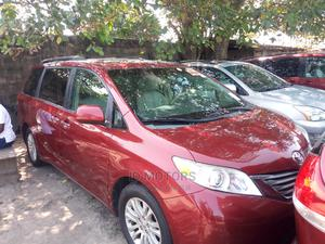 Toyota Sienna 2011 XLE 7 Passenger Red   Cars for sale in Lagos State, Amuwo-Odofin