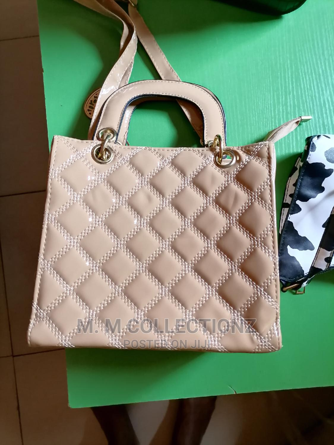 Any Type of Your Hand Bags at Ship Prices