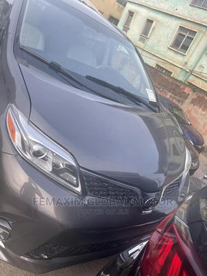 Toyota Sienna 2012 XLE 7 Passenger Gray | Cars for sale in Oyo State, Ibadan