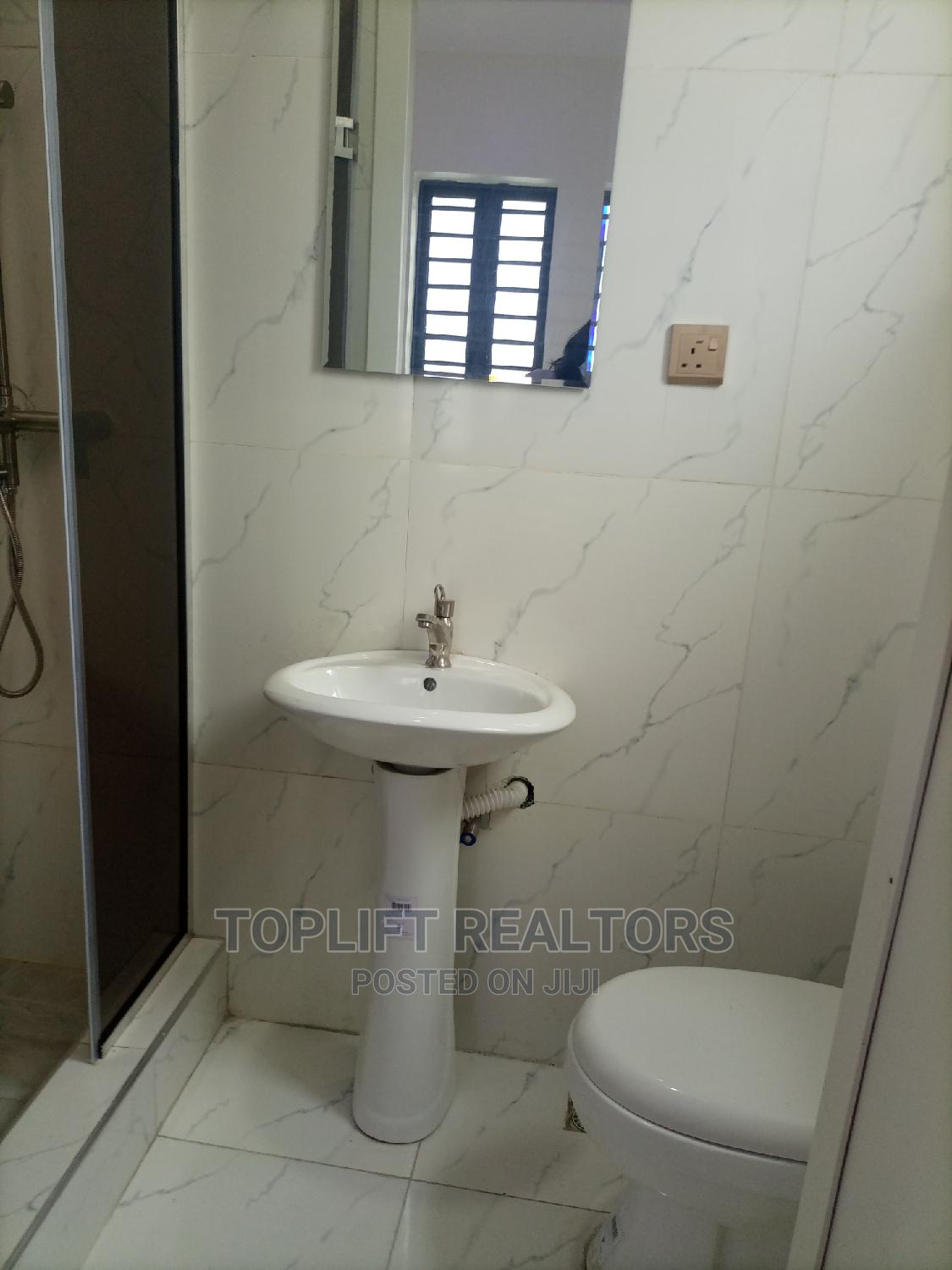 New 5 Bedroom Detached Duplex With BQ | Houses & Apartments For Sale for sale in Lekki, Lagos State, Nigeria