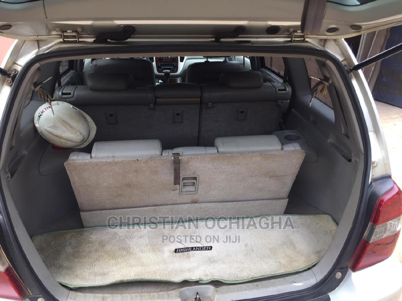 Archive: Toyota Highlander 2007 Limited V6 4x4 Silver
