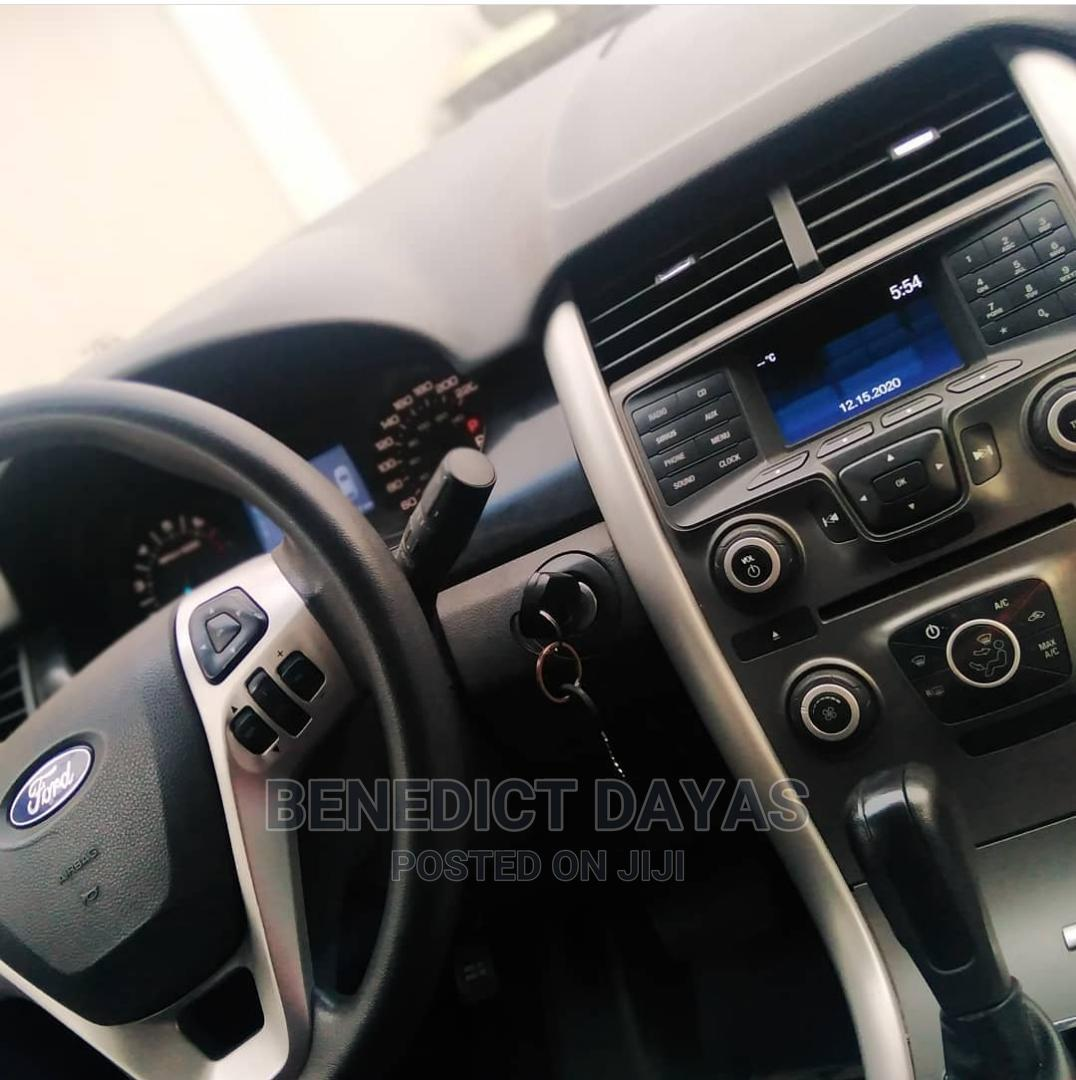 Archive: Ford Edge 2014 Blue