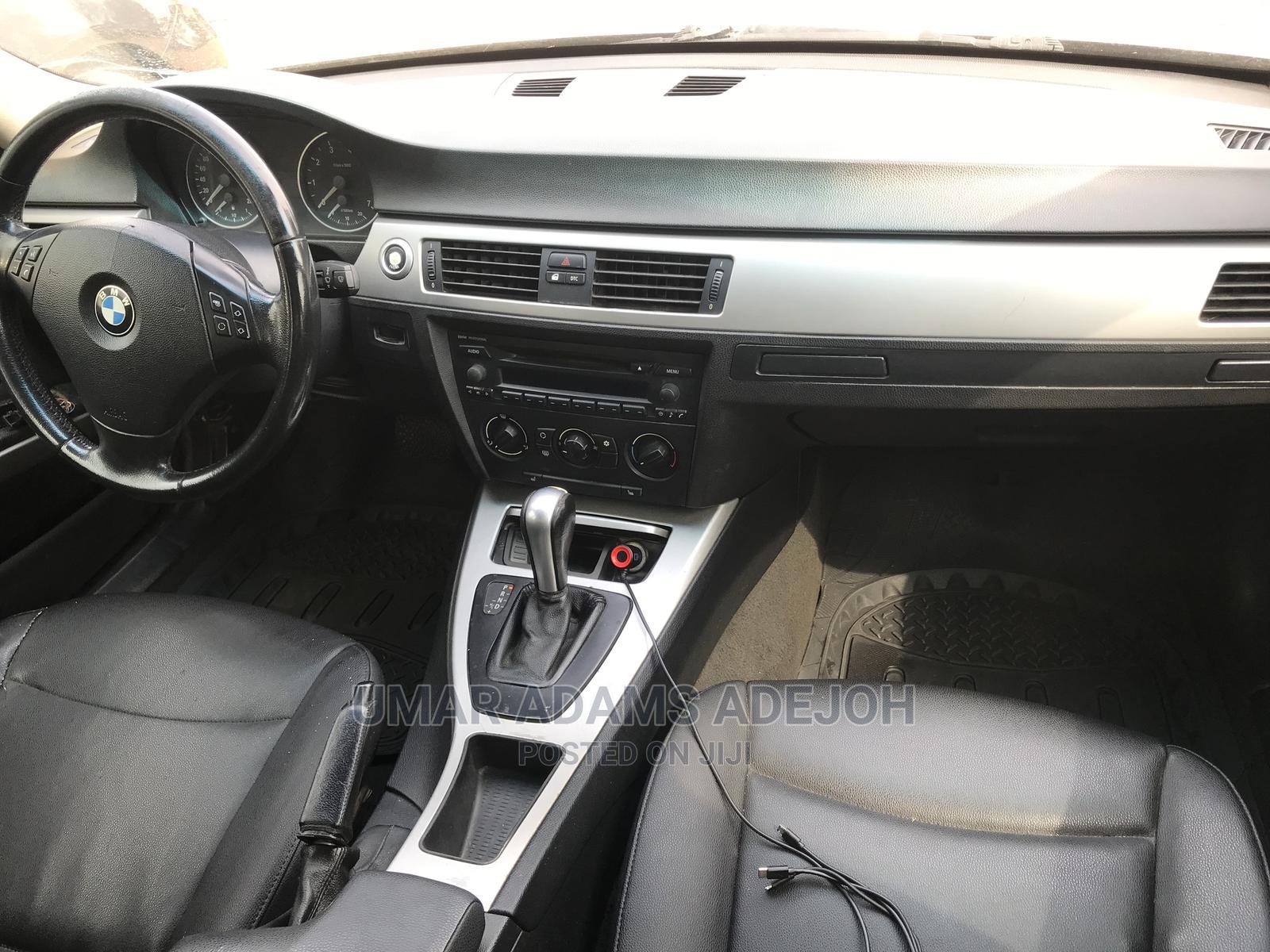 Archive: BMW 328i 2006 Silver