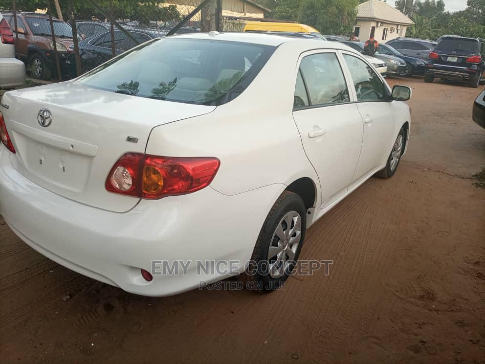 Toyota Corolla 2010 White | Cars for sale in Amuwo-Odofin, Lagos State, Nigeria