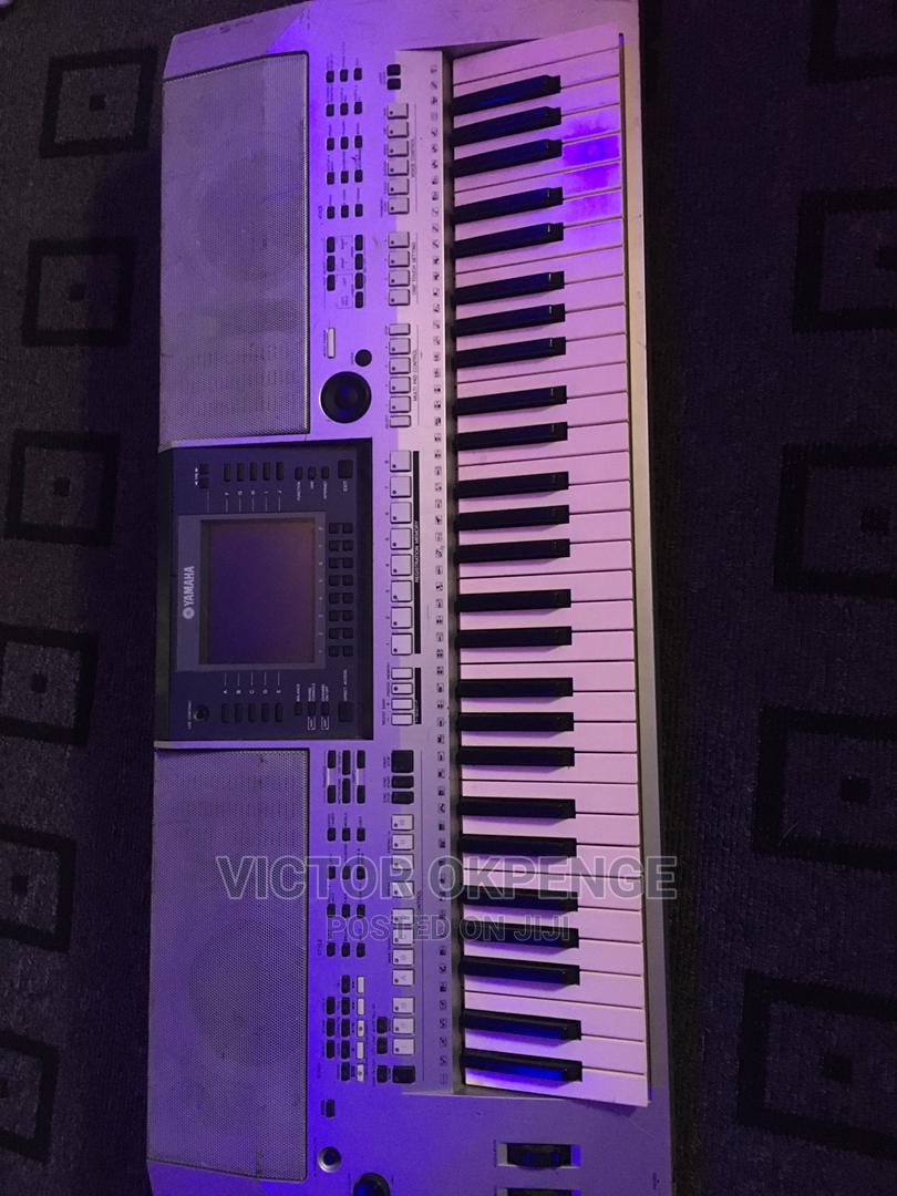 Archive: Yamaha S700 Piano