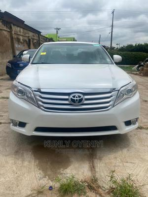 Toyota Avalon 2011 White   Cars for sale in Lagos State, Ojodu