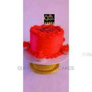 Butter Cream Cake With 4 Free Cupcakes   Party, Catering & Event Services for sale in Lagos State, Isolo