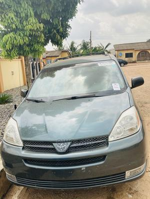 Toyota Sienna 2004 LE FWD (3.3L V6 5A) Gray | Cars for sale in Lagos State, Ifako-Ijaiye