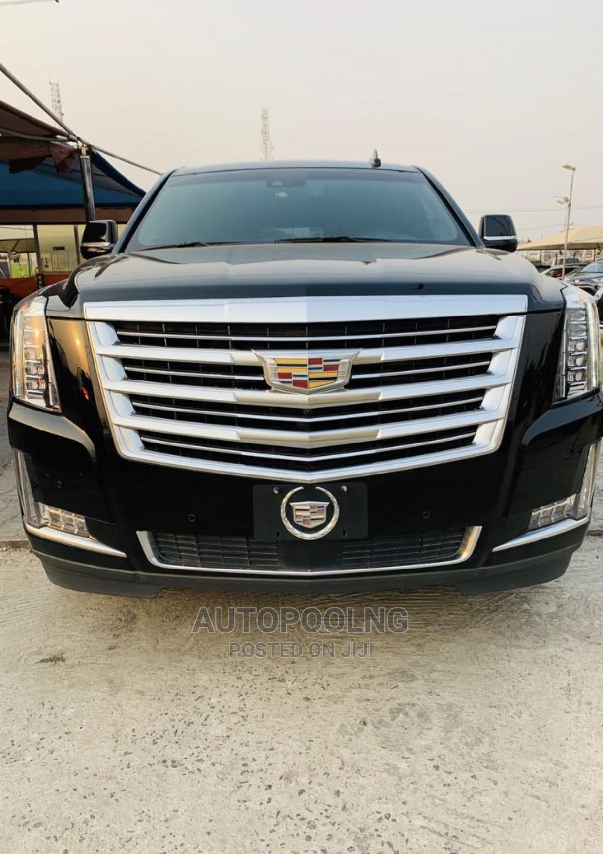 Archive: Cadillac Escalade 2015 Black