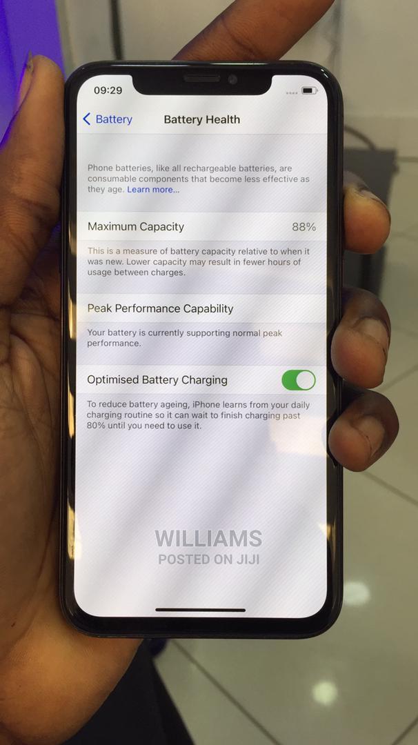New Apple iPhone X 64 GB Black