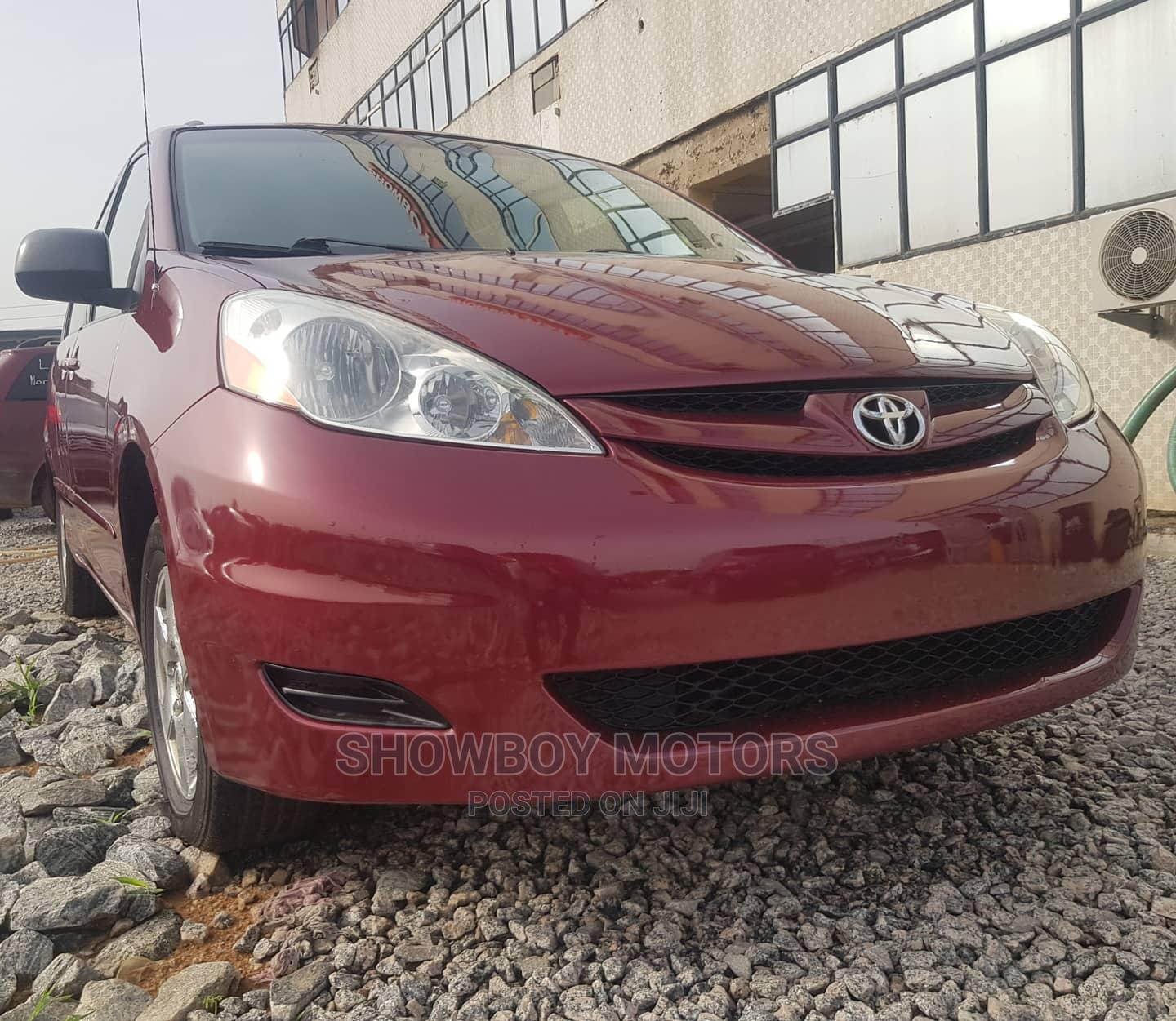 Toyota Sienna 2007 LE 4WD Red