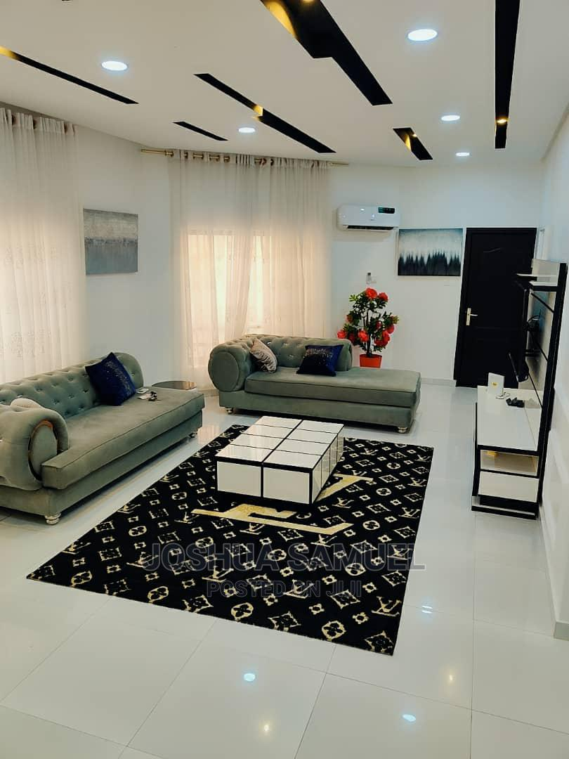 4 Bedroom Apartment For Short Let At