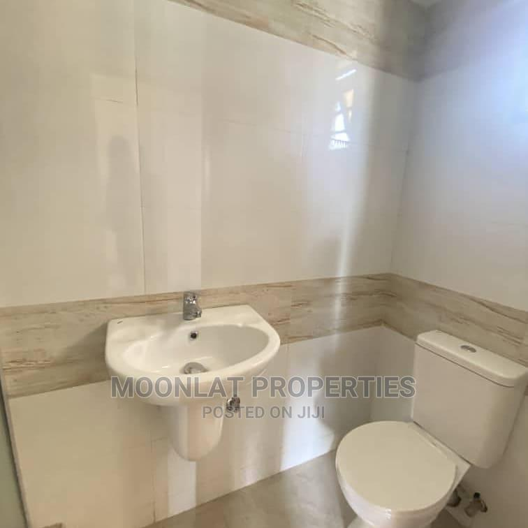 Spacious 3 Bedroom Fully Detached Duplex at Lekki Phase 1 | Houses & Apartments For Sale for sale in Lekki, Lagos State, Nigeria