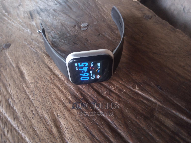 Smart Bluetooth Watch Deeply Waterproof