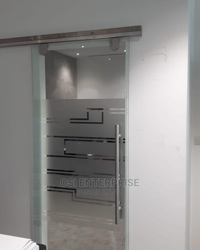 Modern Tempered Glass Bath Glass Cubicle | Plumbing & Water Supply for sale in Central Business Dis, Abuja (FCT) State, Nigeria