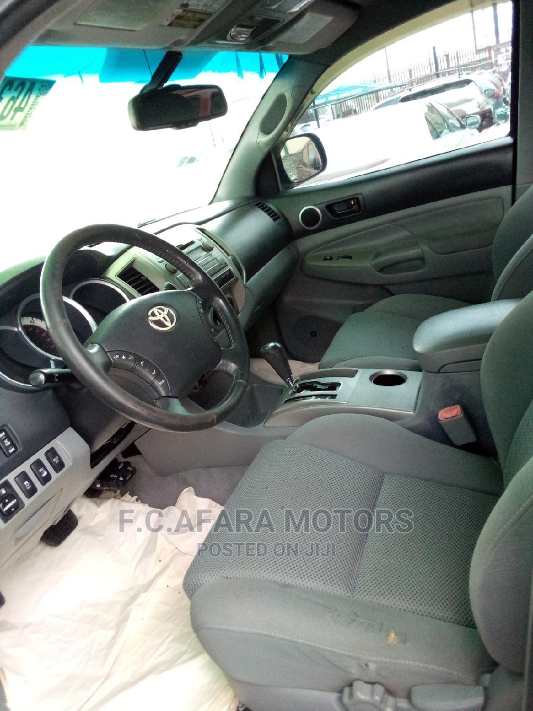 Archive: Toyota Tacoma 2011 Double Cab V6 Automatic Gray
