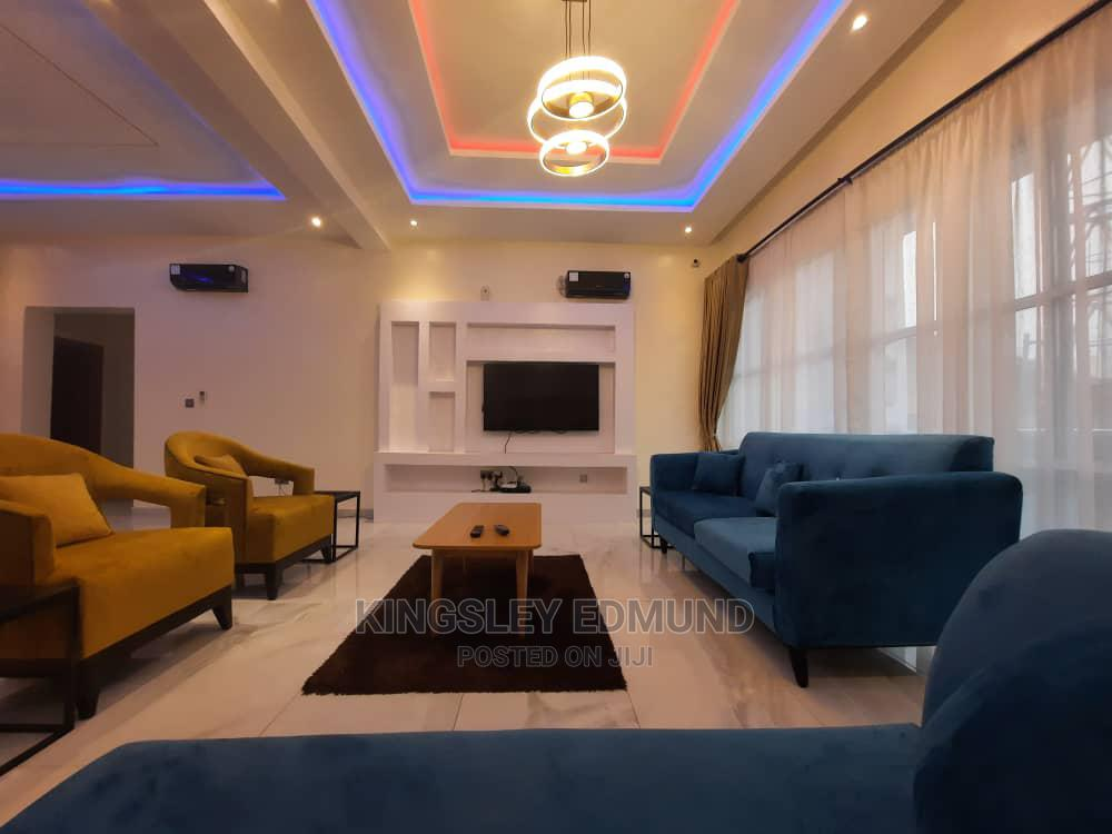 Fully Furnished and Serviced 3 Bedroom Apartment With a Bq