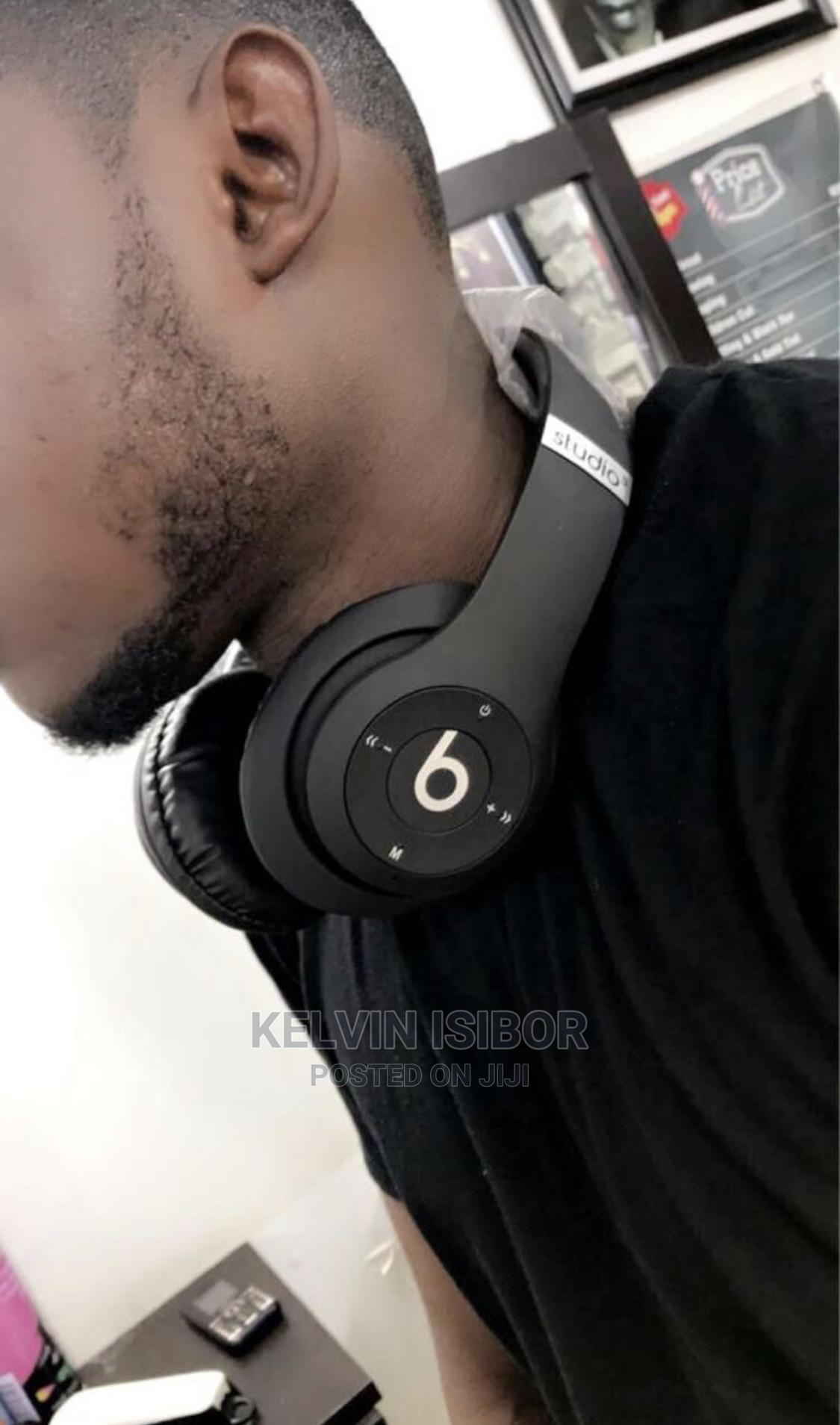 Beats Studio3 Wireless Over Ear Headphone 2.0 - Bla | Accessories for Mobile Phones & Tablets for sale in Gbagada, Lagos State, Nigeria