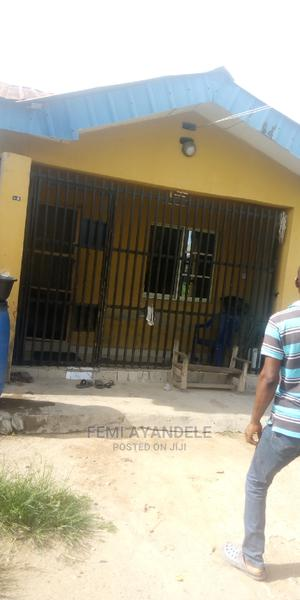 3 Bedroom Flat for Sale   Houses & Apartments For Sale for sale in Ikorodu, Igbogbo