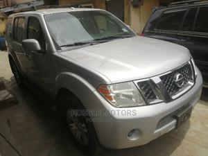 Nissan Pathfinder 2010 SE 4x4 Silver | Cars for sale in Lagos State, Apapa