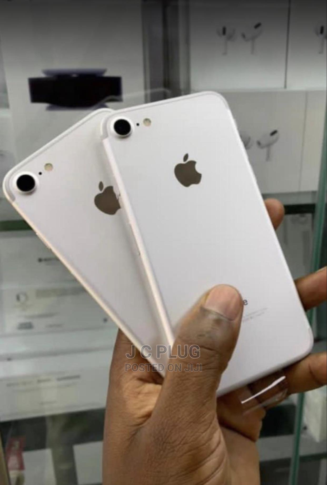 Archive: Apple iPhone 7 32 GB