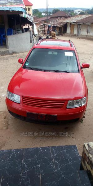 Volkswagen Passat 2001 Red | Cars for sale in Abia State, Ohafia
