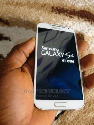 Samsung Galaxy I9505 S4 16 GB White | Mobile Phones for sale in Lagos State, Ikeja