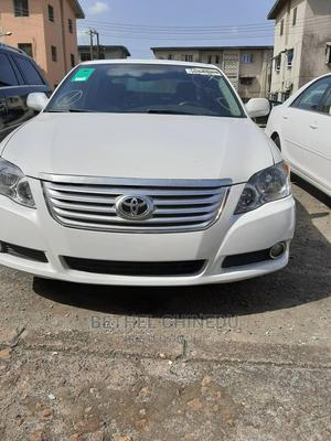 Toyota Avalon 2010 Limited White   Cars for sale in Rivers State, Port-Harcourt