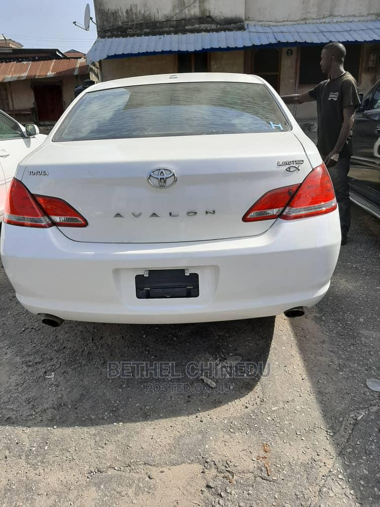 Toyota Avalon 2010 Limited White   Cars for sale in Port-Harcourt, Rivers State, Nigeria