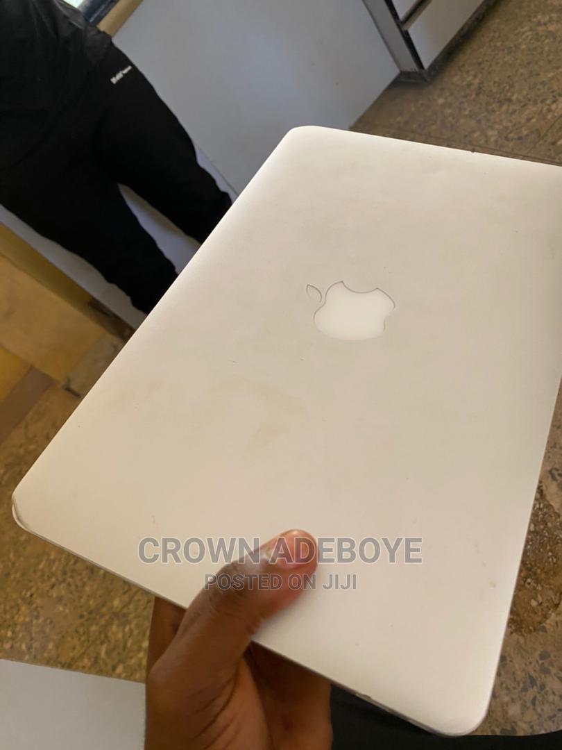 Archive: Laptop Apple MacBook Air 2012 2GB Intel Core I5 SSD 72GB