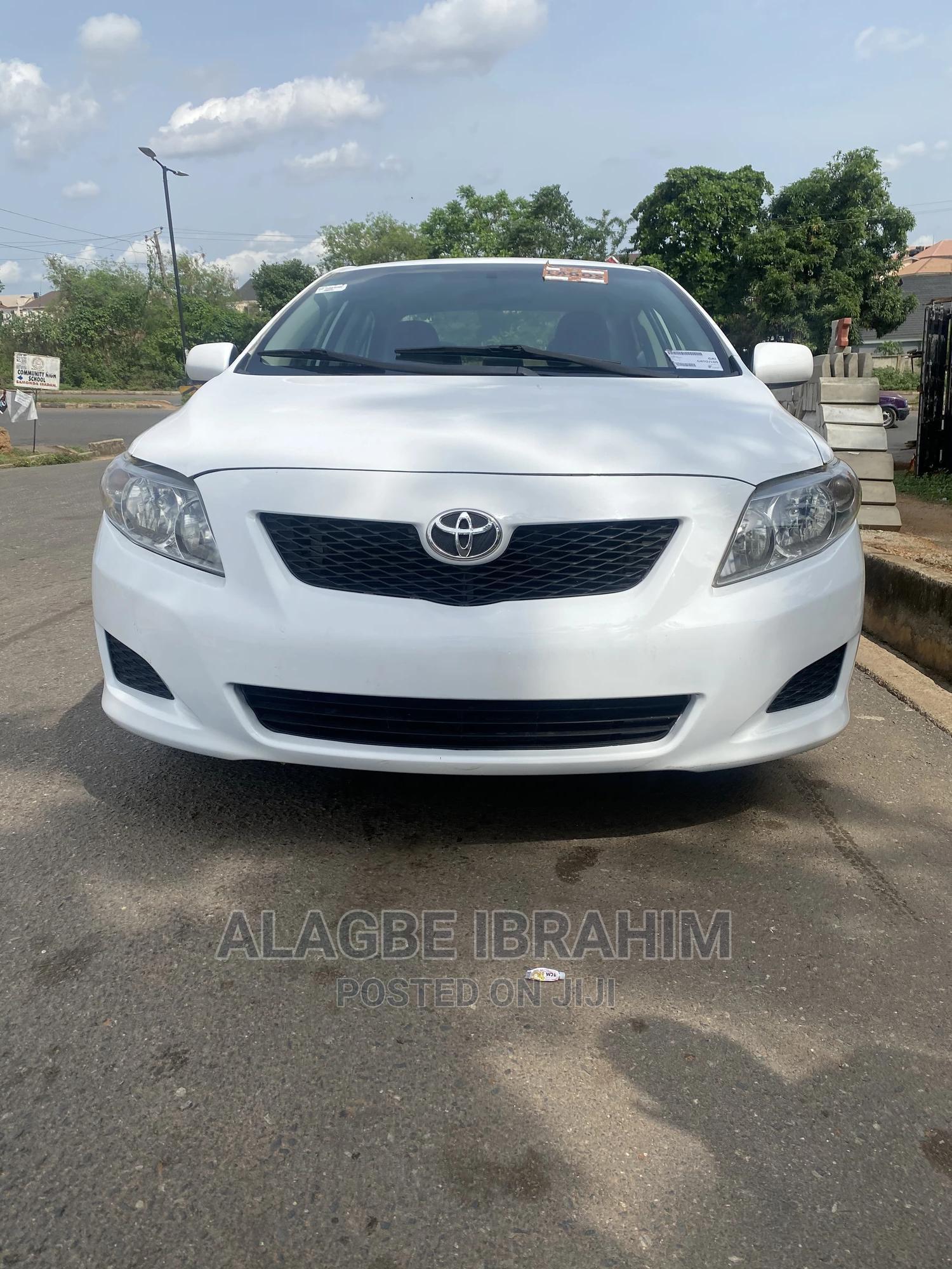 Archive: Toyota Corolla 2009 1.4 Advanced White
