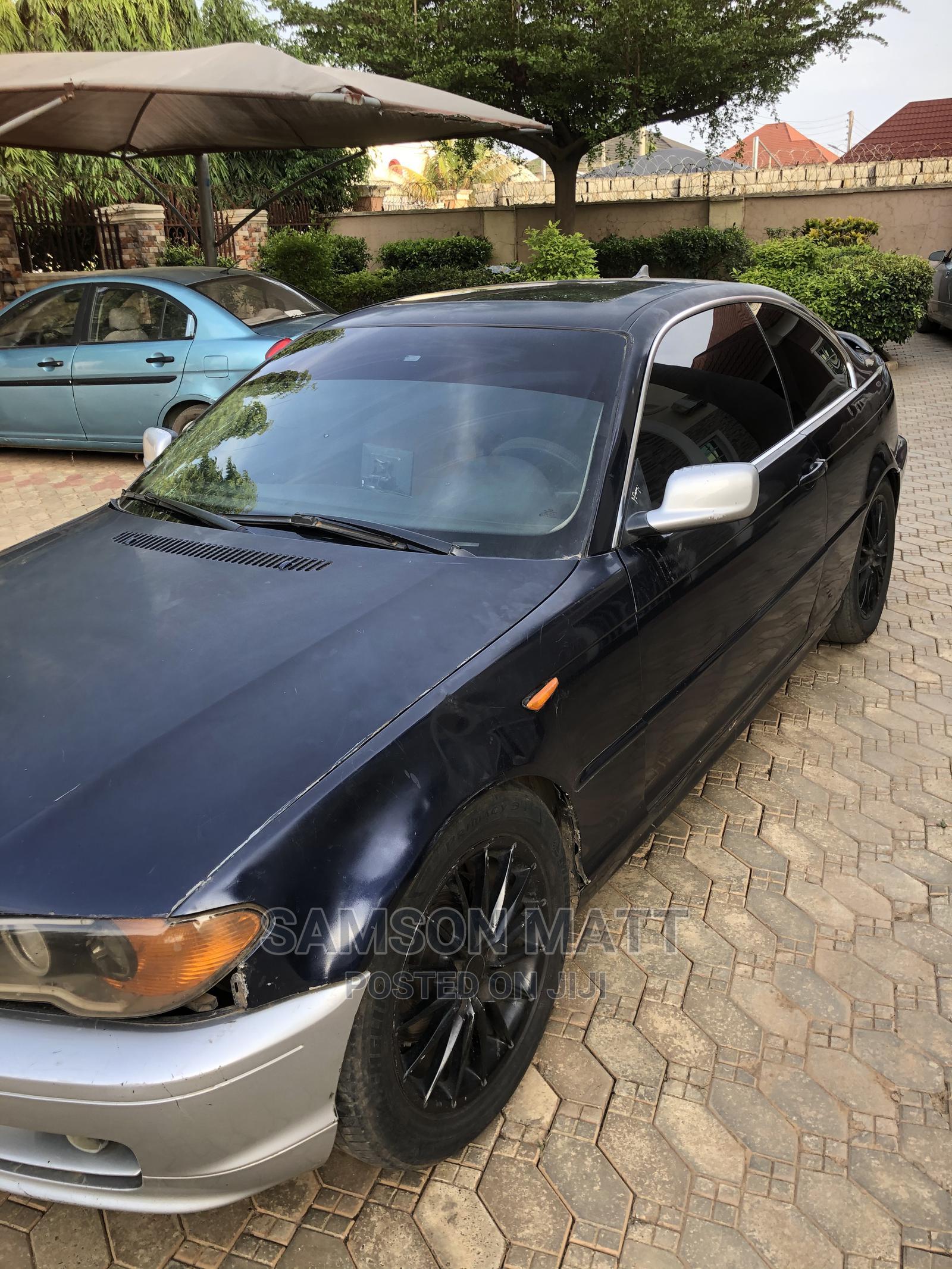 Archive: BMW 325i 2004 Black