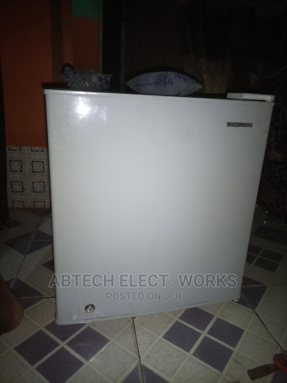 Samsung Mini Fridge and Freezer   Kitchen Appliances for sale in Ikorodu, Lagos State, Nigeria