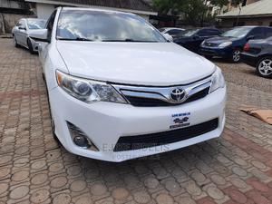 Toyota Camry 2013 White   Cars for sale in Abuja (FCT) State, Wuse 2