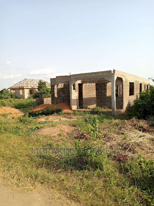 3 Bedrooms House for Sale in Oloke-Meji, Ifo