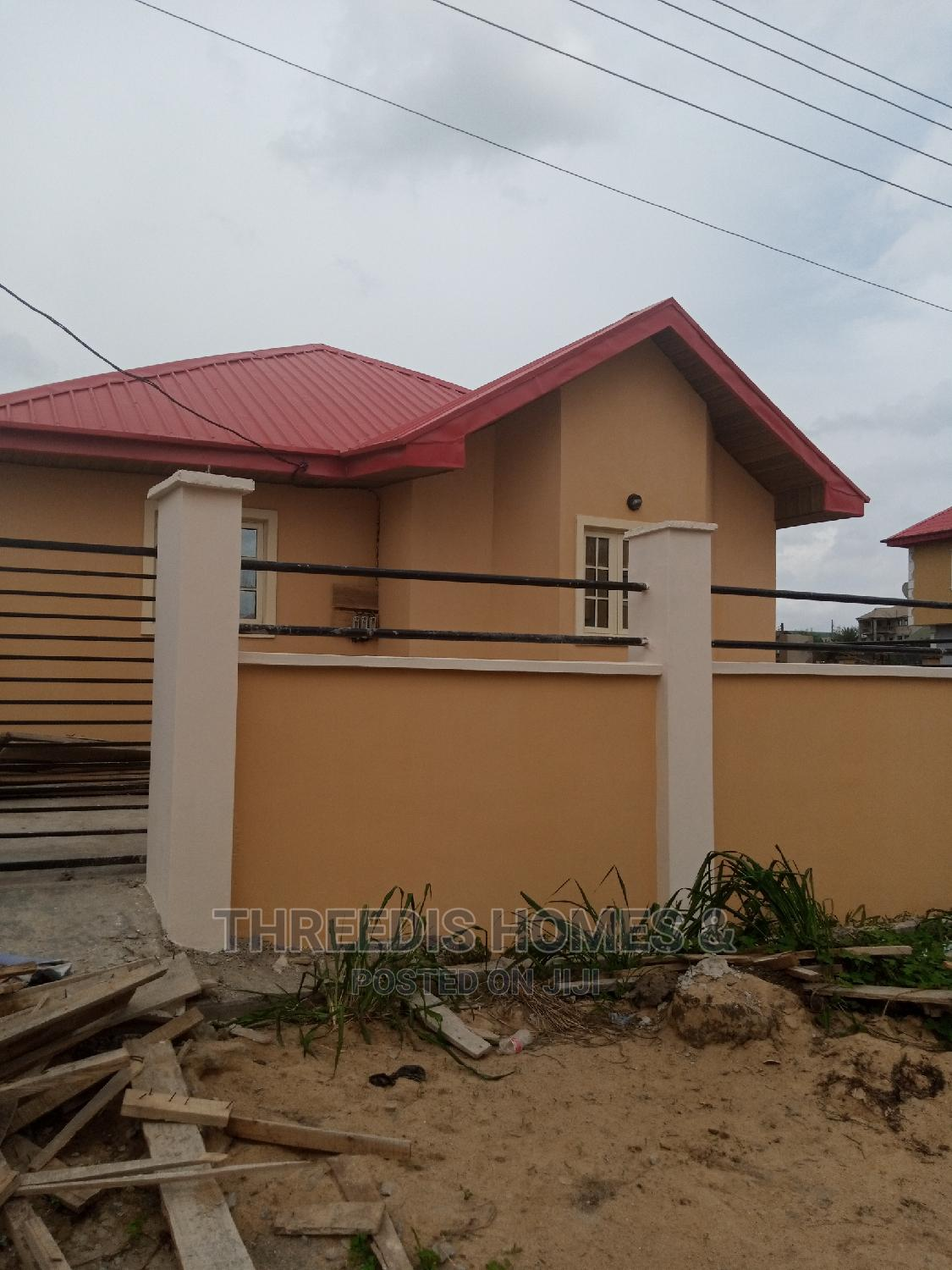 House for Sale, Magboro